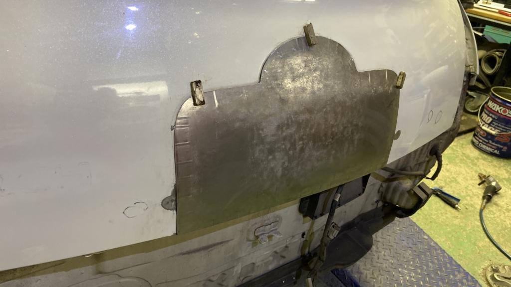AK12マーチリアゲートスムージングパネル仮止めアップ